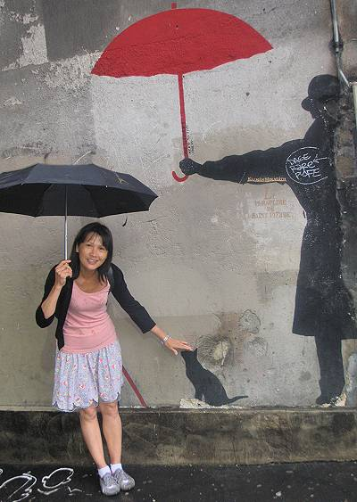 jade and the umbrella man
