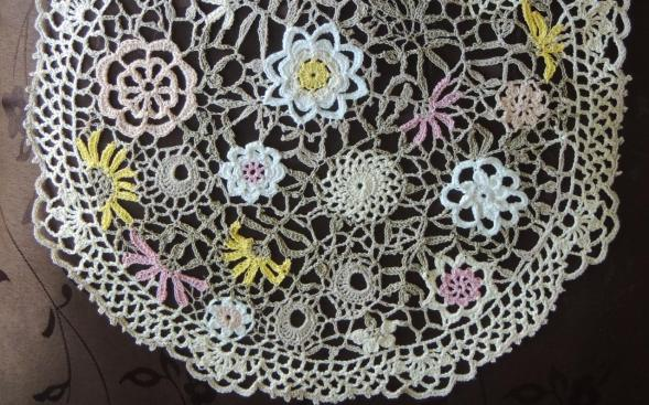 crochet_wildflowersdoily_featured